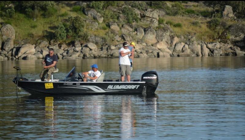 Pêche au carnassier en bateau en Extremadure