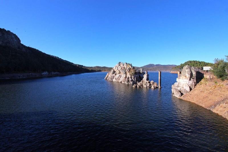 Pêche sur le lac Garcia Sola