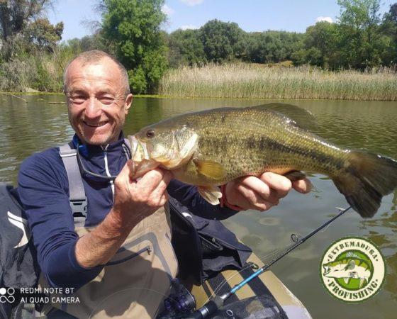 Pêche au black bass en float tube en Espagne